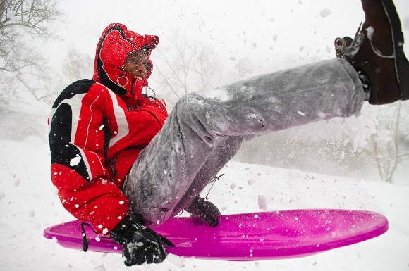 life-moments-editorial-photography-sledder