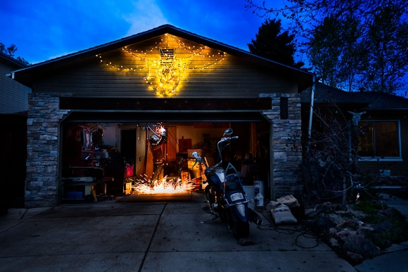 life-moments-editorial-photography-welder-garage
